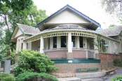 manor-house-backpackers