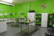 rock-solid-backpackers-kitchen